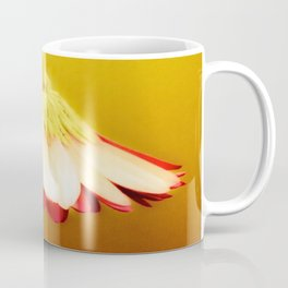 Flower | Flowers | Glowing Yellow Drooping Flower Coffee Mug