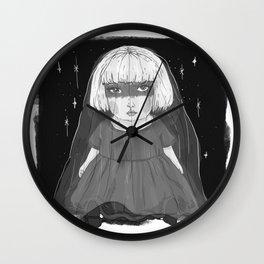 Porcelain Doll - pris Wall Clock