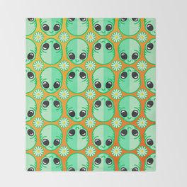 Happy Alien and Daisy Nineties Grunge Pattern Throw Blanket