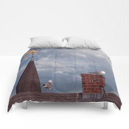 Seagulls on the roof Comforters