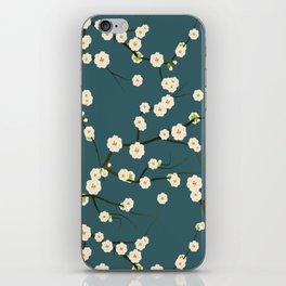 fleuri 4 iPhone Skin