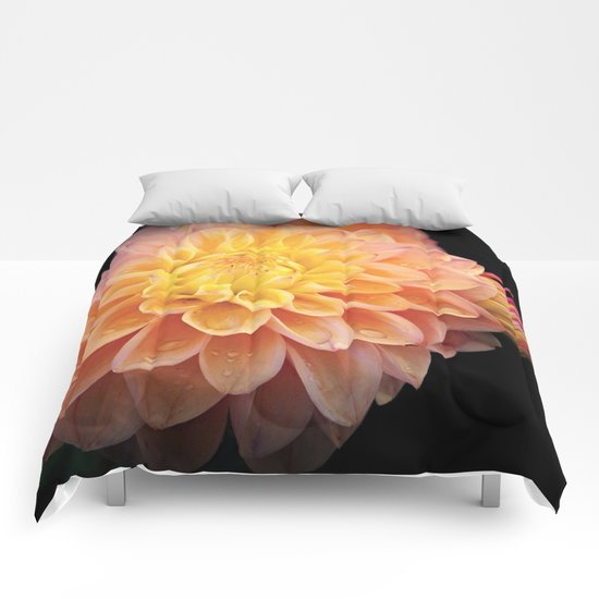 Pretty Pink Yellow Dahlia Comforters