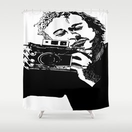 Heaf wiv cam Shower Curtain