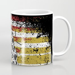 Don't Tread on Me Gadsden Military USA American Flag Rattlesnake Grunge Design Revolution Coffee Mug