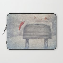Winter wonderland birds  Laptop Sleeve