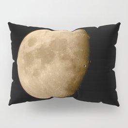 4K Dark Side of the Moon Golden Yellow Pillow Sham