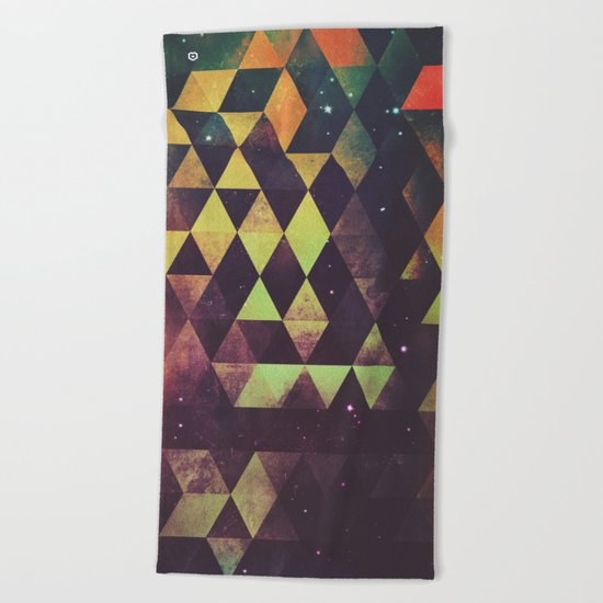 yrgyle nyyt Beach Towel