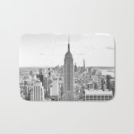 New York City, Manhattan (Black & White) Bath Mat