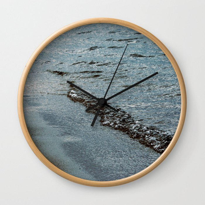 Bubbling Wall Clock