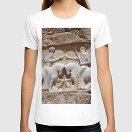 Persian Knights, King Ardashir Monument, Nagsh and Rostam, Iran T-shirt