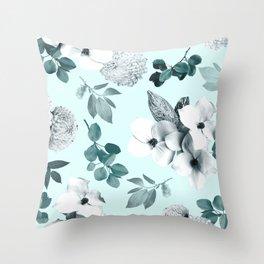 Night bloom - moonlit mint Throw Pillow