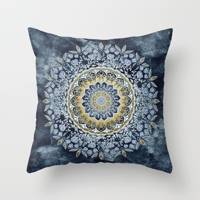 Blue Floral Mandala Deko-Kissen