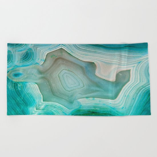 THE BEAUTY OF MINERALS 2 Beach Towel