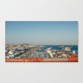 Port de Lisbonne Canvas Print