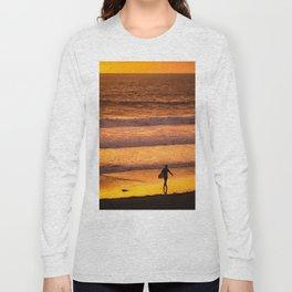 Surfer walking along beach at sunset Long Sleeve T-shirt