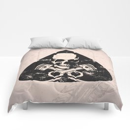 Grunge ace of spades Comforters