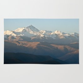 Mount Everest at dawn Rug