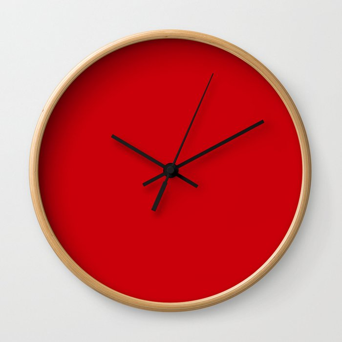 Valiant Bright Red Poppy 2018 Fall Winter Color Trends Wall Clock