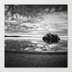L'île du crépuscule Canvas Print