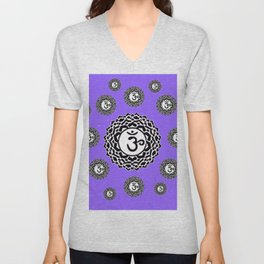 "ASTRAL VIOLET BLACK SANSKRIT CHAKRAS  PSYCHIC WHEEL ""KNOW"" Unisex V-Neck"