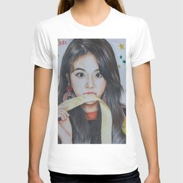 Son Chaeyoung Colour Pencil Drawing Art   Xszone T-shirt