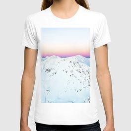 Snow Horizon #photography #travel T-shirt