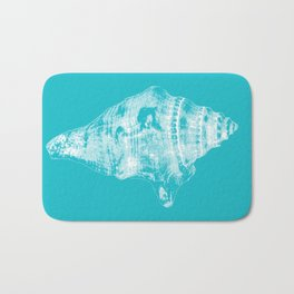 Sea shell in blue Bath Mat