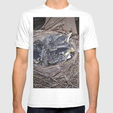 Baby robins in nest (fledglings) MEDIUM White Mens Fitted Tee