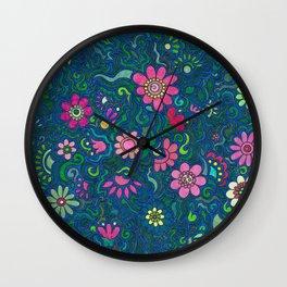 Verde, azul y rosado. (Green, blue and pink) Wall Clock