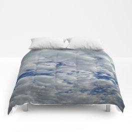 busy sky Comforters
