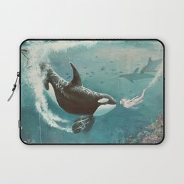 Underwater Love at First Sight Laptop Sleeve