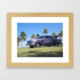 carro morado Framed Art Print