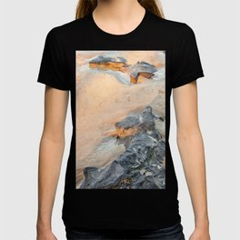 Rocks on beach, late afternoon T-shirt