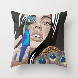 oiseau de nuit  Throw Pillow