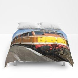 Diesel loco 5830 Comforters