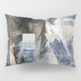 Old man in New York Pillow Sham