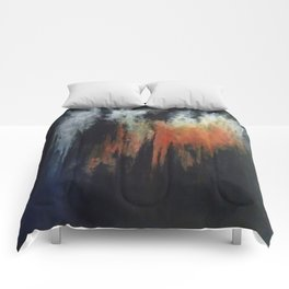 HAZY PINNACLES Comforters