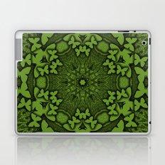 Butterfly kaleidoscope in green Laptop & iPad Skin