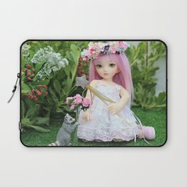 Lillibeth and the little Raccoon Laptop Sleeve