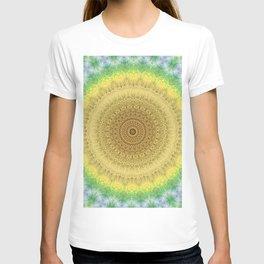 Tie Dye Sunflower Cloth Woven Sun Ray Pattern \\ Yellow Green Blue Purple Color Scheme T-shirt