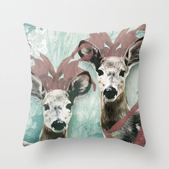 majestic fawn Throw Pillow