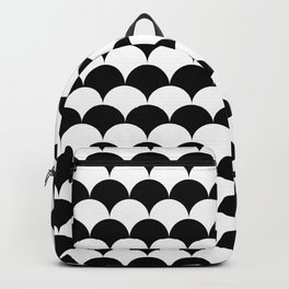 Black and White Clamshell Pattern Backpack
