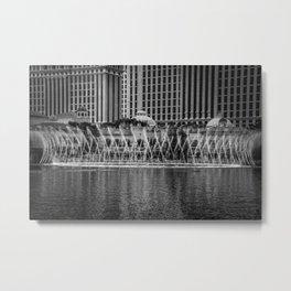 fountain show - grey Metal Print