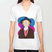 cassia beck V-neck T-shirts featuring Qué Onda Beck by Renata Senna