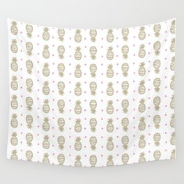 Golden pineapple pattern Wall Tapestry