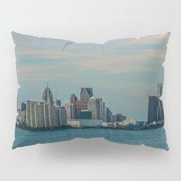 Detroit cityscape Pillow Sham