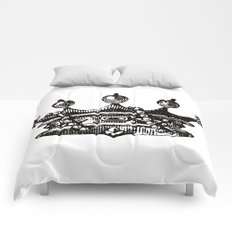 Royal Crown | Black and White Comforters