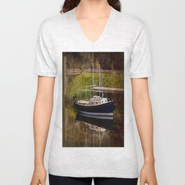 Little River Boat. Unisex V-Neck
