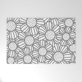 Field of daisies - gray Welcome Mat