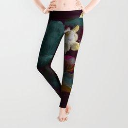 Lotus in Violets. Leggings